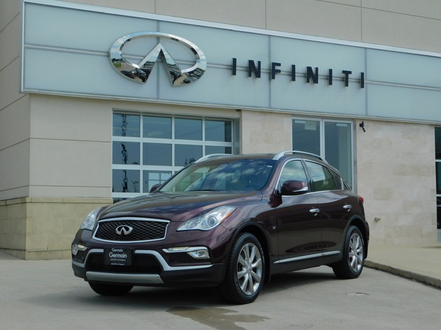 Pre-Owned 2016 INFINITI QX50 w/ Premium Package