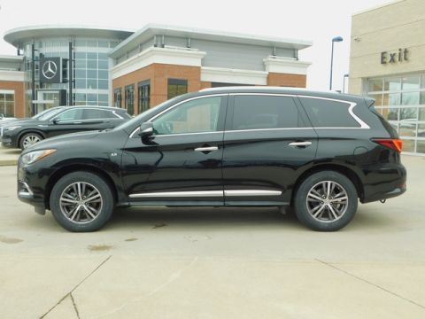 Pre-Owned 2017 INFINITI QX60 w/ Premium Package